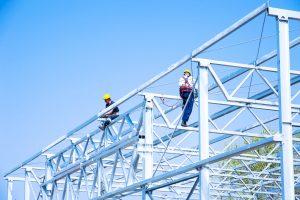 Les avantages de l'acier pour les constructions métalliques industrielles